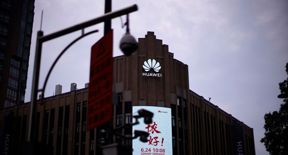 Huawei ban could lead to phones not working for days: UK Carriers