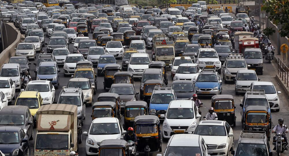 Traffic clogs a road in Mumbai, India (File)