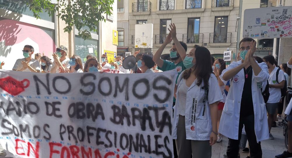 Spanish health workers protesting in Madrid