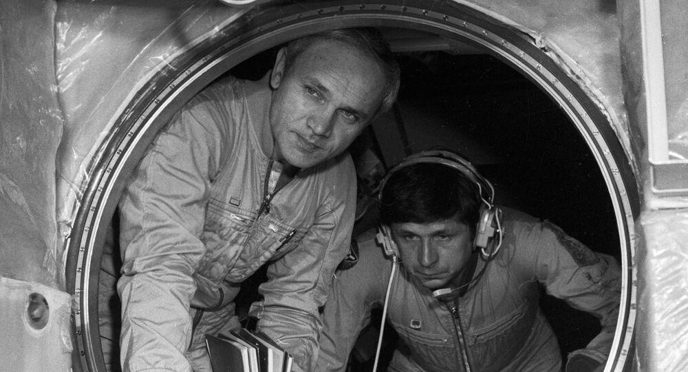 Cosmonauts Vladimir Dzhanibekov and Viktor Savinykh