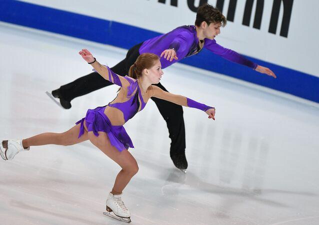 Ekaterina Alexandrovskaya and Harley Windsor during the pair skating performance at Gran Prix Marseille.