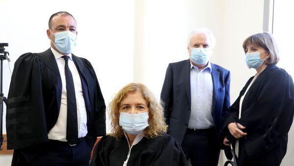 Liat Ben Ari, plaintiff in the corruption trial against Israeli Prime Minister Benjamin Netanyahu, is seen ahead of the hearing at the District Court in Jerusalem July 19, 2020 - Sputnik International