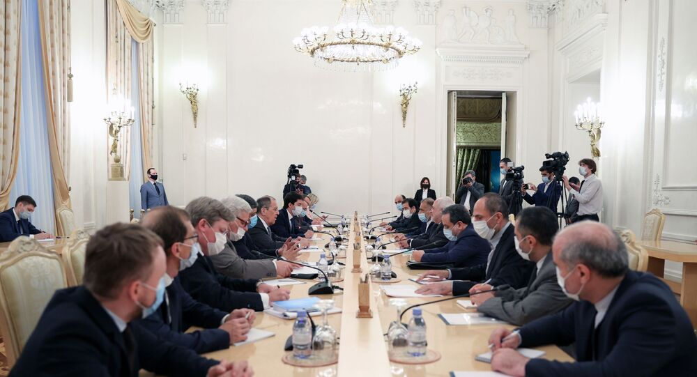 Russian Foreign Minister Sergei Lavrov and Iranian Foreign Minister Mohammad Javad Zarif hold meeting in Moscow