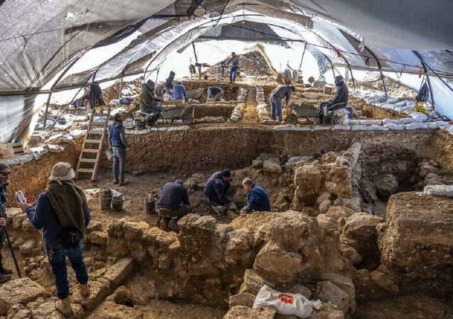 An Israel Antiquities Authority excavation on the slopes of the Jerusalem neighborhood of Arnona uncovered an administrative complex from 2,700 years ago