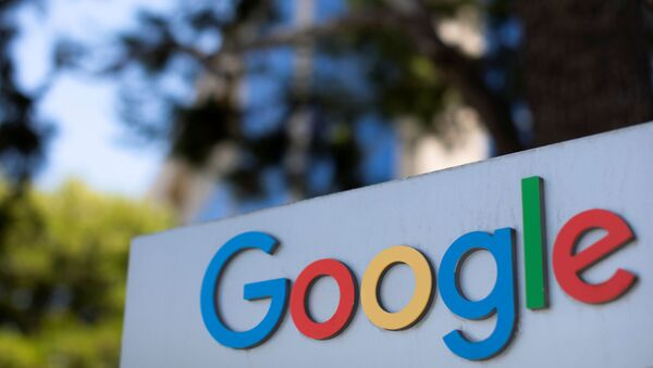After the company announced it would extend its coronavirus work-from-home order until summer 2021, a  Google sign is shown at one of the company's office complexes in Irvine, California, U.S., July 27, 2020. - Sputnik International