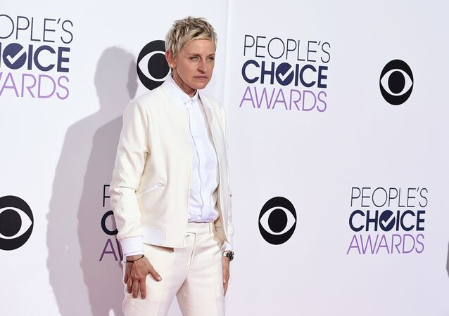 Ellen DeGeneres arrives at the People's Choice Awards at the Nokia Theatre on Wednesday, Jan. 7, 2015, in Los Angeles