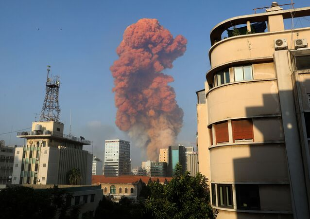 A picture shows the scene of an explosion in Beirut on August 4, 2020. - A large explosion rocked the Lebanese capital Beirut on August 4, an AFP correspondent said.