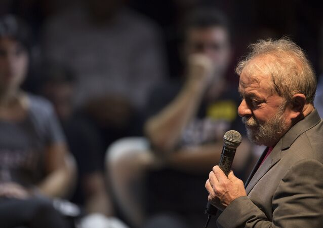 Brazil's former President Luiz Inacio Lula da Silva speaks during his presidential campaign rally with members of his Workers Party and leaders of other left-wing parties in Rio de Janeiro, Brazil, Monday, April 2, 2018. Despite a conviction on corruption charges that could see him barred from running, da Silva is the front runner in that race