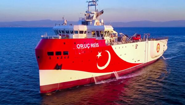 This handout photograph released by the Turkish Defence Ministry on August 12, 2020, shows Turkish seismic research vessel 'Oruc Reis' heading in the west of Antalya on the Mediterranean Sea.  - Sputnik International
