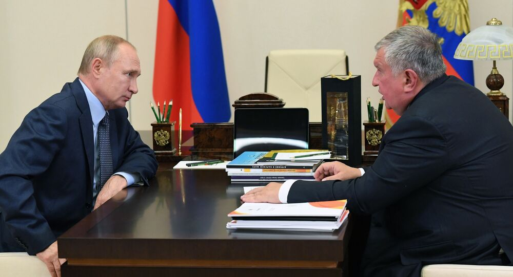 Working meeting of President of the Russian Federation Vladimir Putin with the head of Rosneft company Igor Sechin