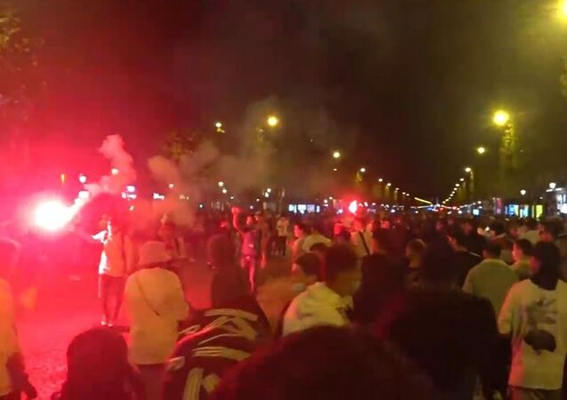 Situation at Champs-Élysées after Bayern Claimed Victory Over PSG in 2020/21 UEFA Champions League Final