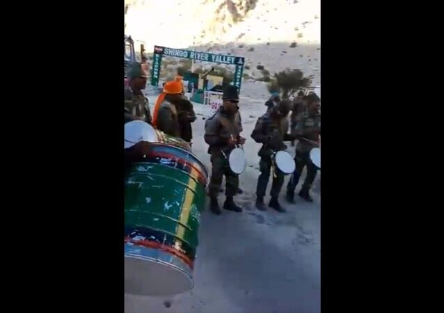 Maratha Light Infantry welcoming Ganapati Bappa in Kargil on Ganesh Chathurthi