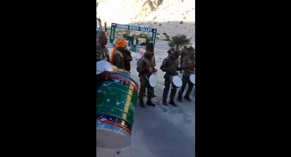 Maratha Light Infantry welcoming Ganapati Bappa in Kargil on Ganesh Chathurthi