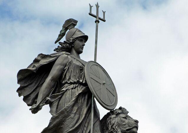 Brittania statue