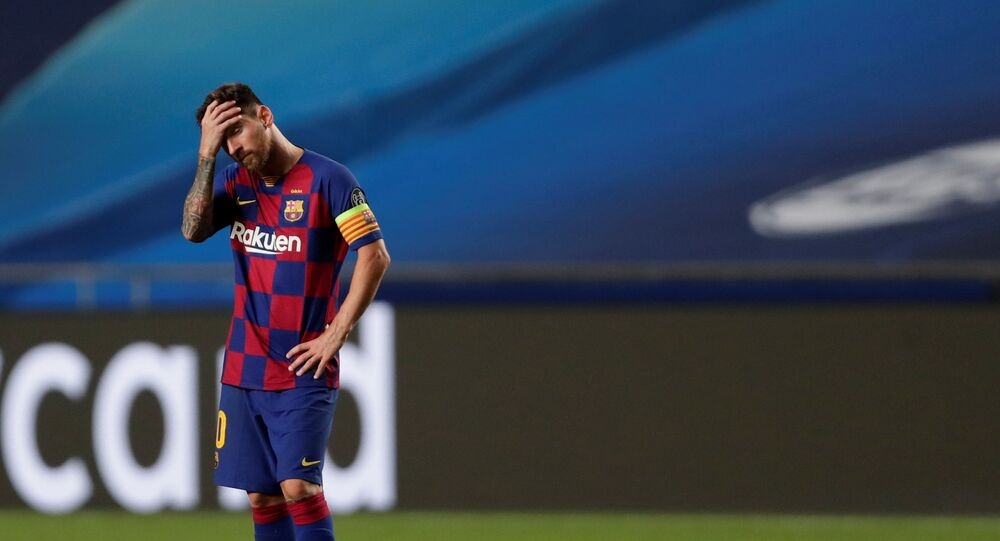 Soccer Football - Champions League - Quarter Final - FC Barcelona v Bayern Munich - Estadio da Luz, Lisbon, Portugal - August 14, 2020  Barcelona's Lionel Messi looks dejected, as play resumes behind closed doors following the outbreak of the coronavirus disease (COVID-19)