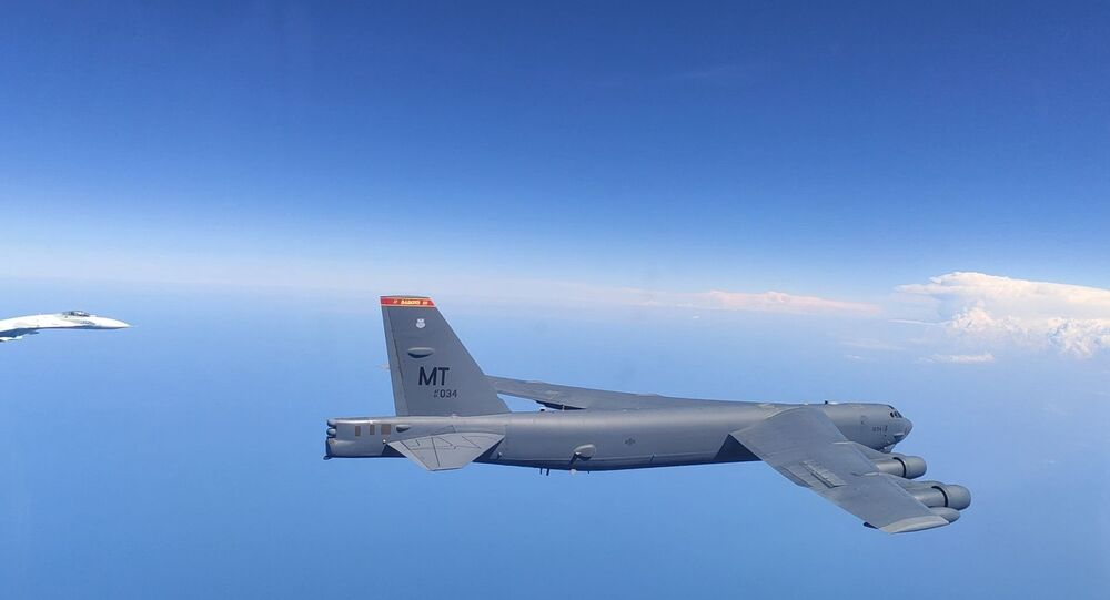 Russian Fighters Scrambled to Intercept US Bomber B-52H Over Black Sea