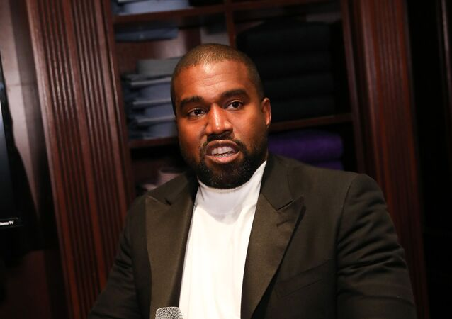 CHICAGO, ILLINOIS - OCTOBER 28: Kanye West attends Jim Moore Book Event At Ralph Lauren Chicago on October 28, 2019 in Chicago, Illinois