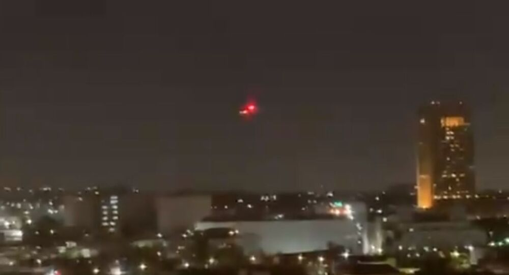Unidentified helicopters flying over Los Angeles. Screenshot of video posted to Twitter.