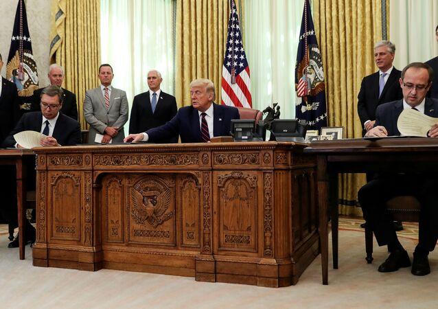 US President Donald Trump With Serbia's President Aleksandar Vucic and Kosovo's Prime Minister Avdullah Hoti