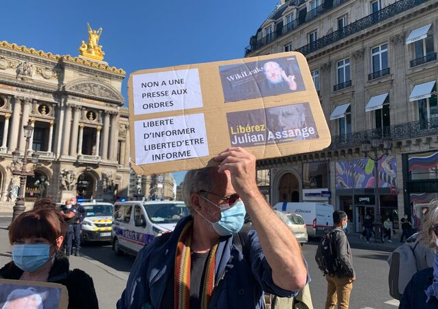 Julian Assange's Supporters Take to Streets in Paris
