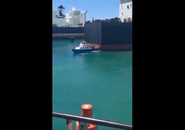 Iranian VLCC supertanker carrying 2 million barrels of gas condensate suddenly pops up at the José Terminal, Venezuela
