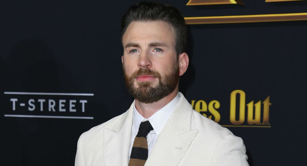 Chris Evans attends the premiere of Lionsgate's Knives Out at Regency Village Theatre on November 14, 2019 in Westwood, California