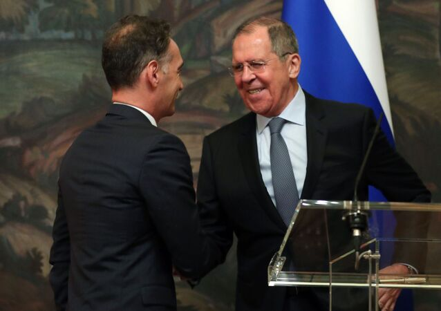 Russian Foreign Minister Sergei Lavrov and his German counterpart, Heiko Maas