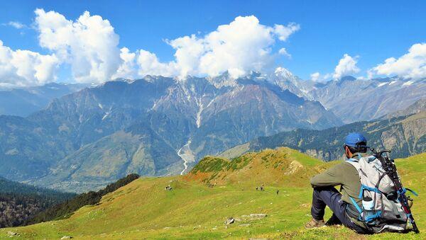 A tourist near Brighu Lake in Himachal Pradesh - Sputnik International