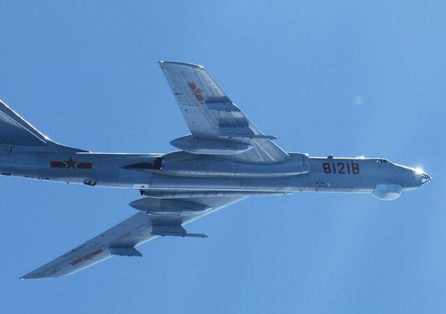 H-6M bomber