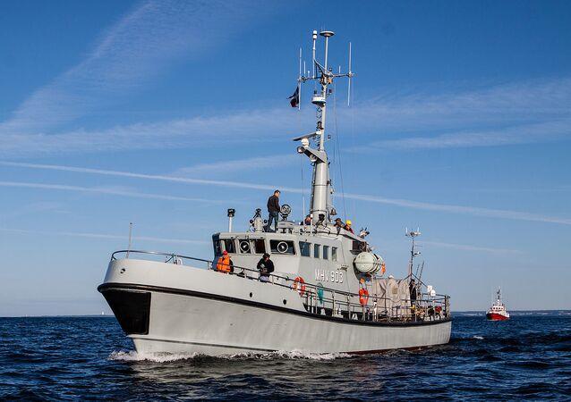 Danish home guard vessel MHV 903 Hjortø, Danish rescue cruiser SAR Leopold Rosenfeldt in the background