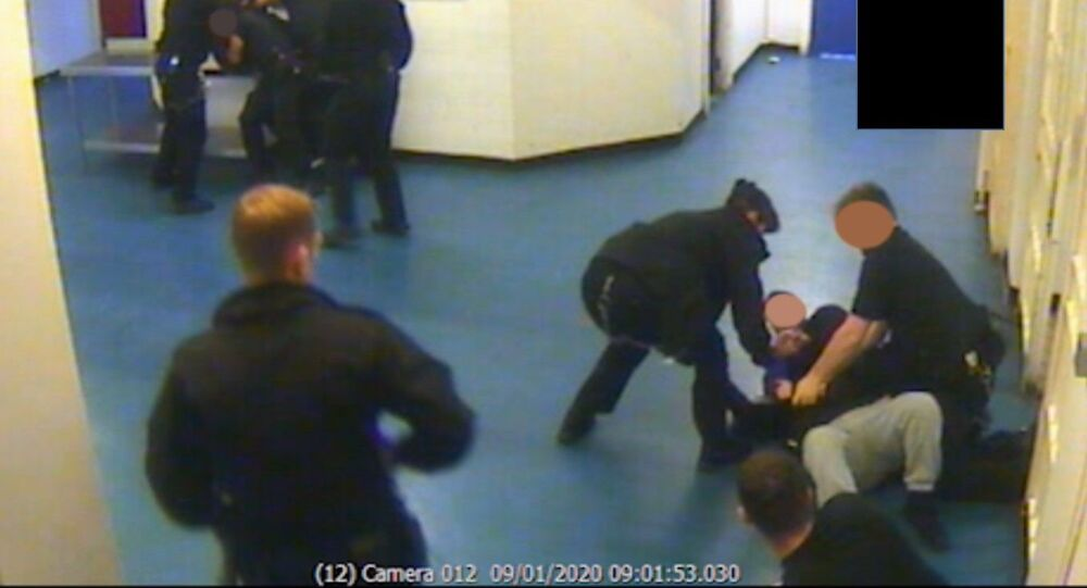 Prison officers overpower Brusthom Ziamani and Baz Hockton on 9 January 2020