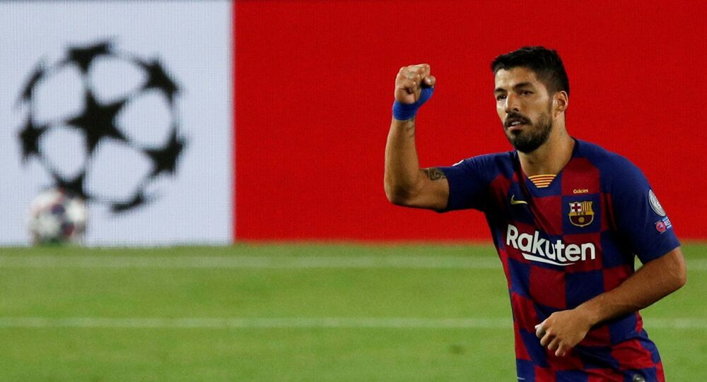 Soccer Football - Champions League - Round of 16 Second Leg - FC Barcelona v Napoli - Camp Nou, Barcelona, Spain - August 8, 2020  Barcelona's Luis Suarez celebrates scoring their third goal, as play resumes behind closed doors following the outbreak of the coronavirus disease (COVID-19)