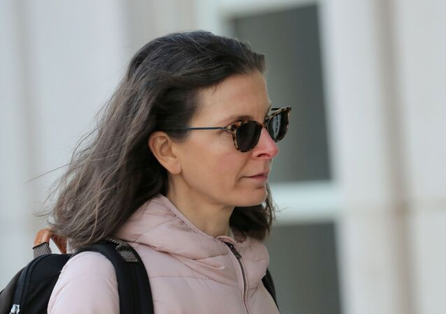 Clare Bronfman, an heiress of the Seagram's liquor empire, arrives at the Brooklyn Federal Courthouse, for her trail regarding sex trafficking and racketeering related to the Nxivm cult in the Brooklyn borough of New York, U.S., January 9, 2019