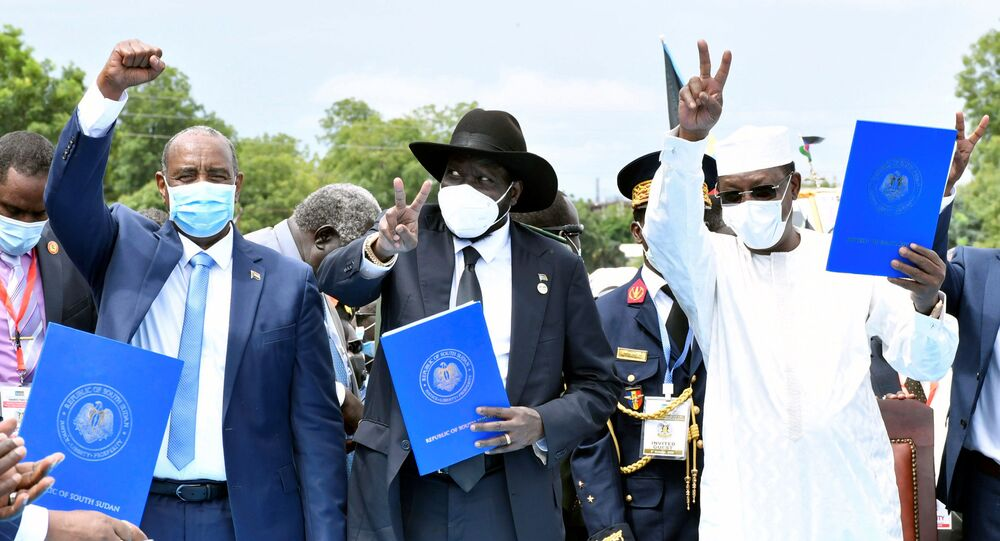 Sudan's Sovereign Council Chief General Abdel Fattah al-Burhan, South Sudan's President Salva Kiir, and Chad President Idriss Deby attend the signing of peace agreement between the Sudan's transitional government and Sudanese revolutionary movements to end decades-old conflict, in Juba, South Sudan October 3, 2020.