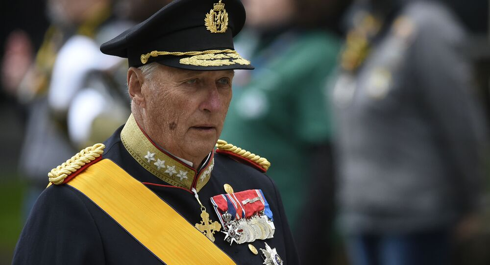 (FILES) This file photo taken on May 4, 2019 shows King Harald V of Norway arriving at Notre-Dame Cathedral in Luxembourg City, Grand Duchy of Luxembourg, ahead of the funeral ceremony for Jean d'Aviano, Grand Duke of Luxembourg. - Norway's 83-year-old King Harald V was admitted to hospital early on Friday, September 25, 2020, the palace said without disclosing details of his condition