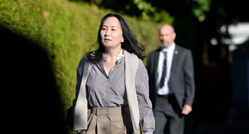 Huawei Technologies Chief Financial Officer Meng Wanzhou leaves her home to attend a court hearing in Vancouver, British Columbia, Canada September 28, 2020. REUTERS/Jennifer Gauthier
