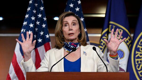 U.S. House Speaker Nancy Pelosi (D-CA) participates in a news conference at the U.S. Capitol in Washington, U.S. October 1, 2020.  - Sputnik International