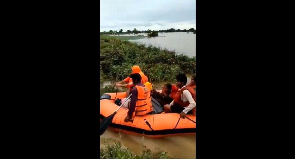 NDRF rescue residents of Kharkhatne village in Solapur of Maharashtra Rains