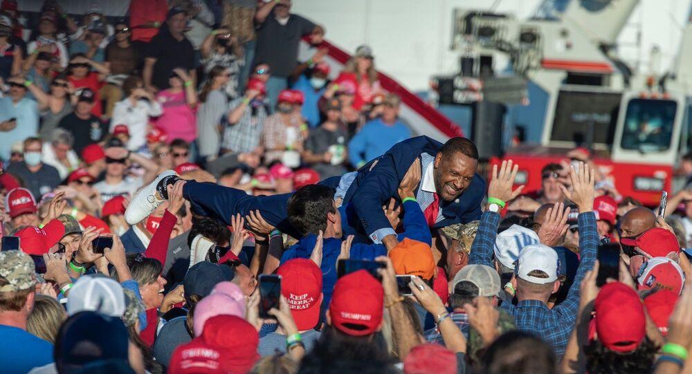 Georgia Democratic Party State Representative Vernon Jones Crowd-Surfs at a Donald Trump election rally in Macon, Georgia