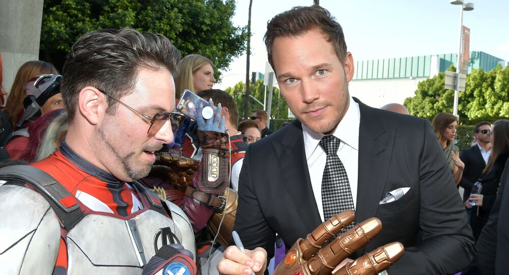 After Twitter Drags Chris Pratt, Wife & Celebs Rush to His Defense