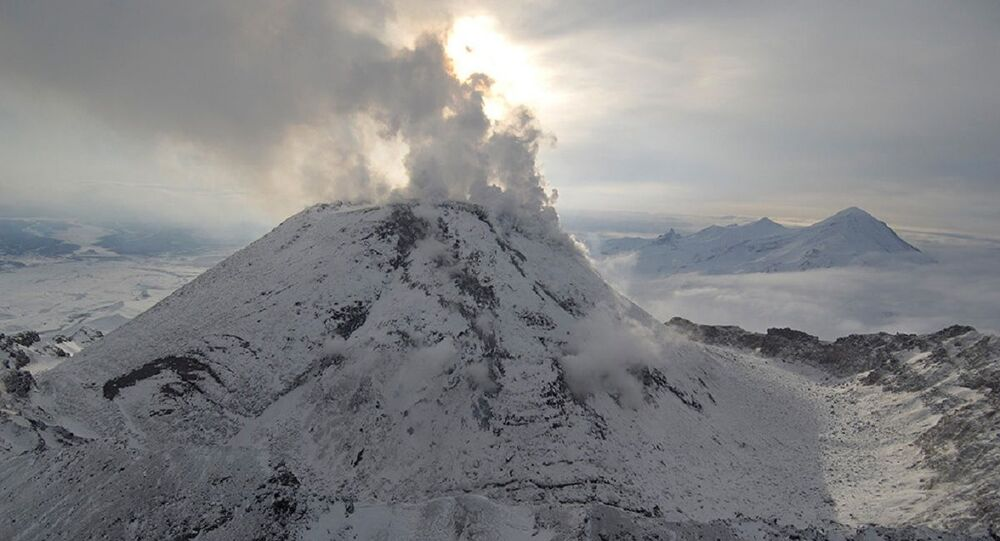 Bezymyannyi volcano