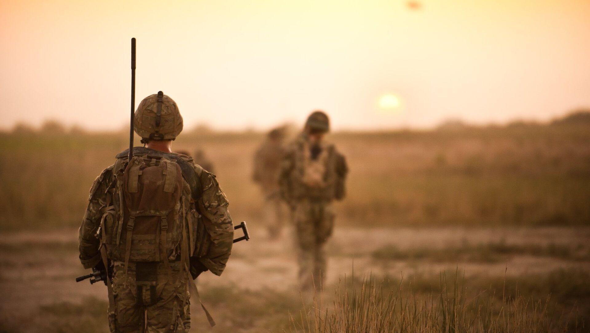 Soldiers on patrol in farmlands in Helmand Province, Afghanistan on 12 September 2011 - Sputnik International, 1920, 28.07.2021