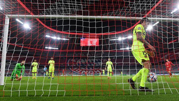 Soccer Football - Champions League - Group A - Bayern Munich v Atletico Madrid - Allianz Arena, Munich, Germany - October 21, 2020 Atletico Madrid's Stefan Savic reacts after Bayern Munich's Kingsley Coman scored their fourth goal - Sputnik International
