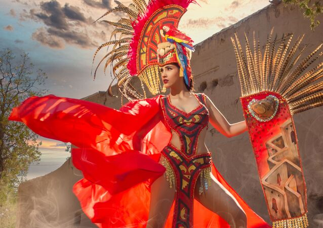 Eagle and Snake: Stunning Miss Mexico Contestants Show off Fabulous Dresses and Feathered Costumes