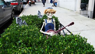 An Upper East Side planter box is decorated ghoulishly for Halloween on 28 October 2020 in New York City. Many Halloween events have been cancelled or adjusted with additional safety measures because of the ongoing coronavirus (COVID-19) pandemic.