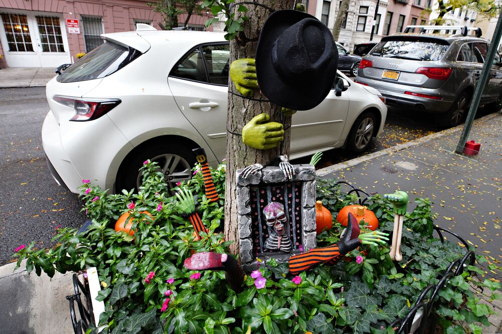 An Upper East Side planter box is decorated for Halloween on 28 October 2020 in New York City.