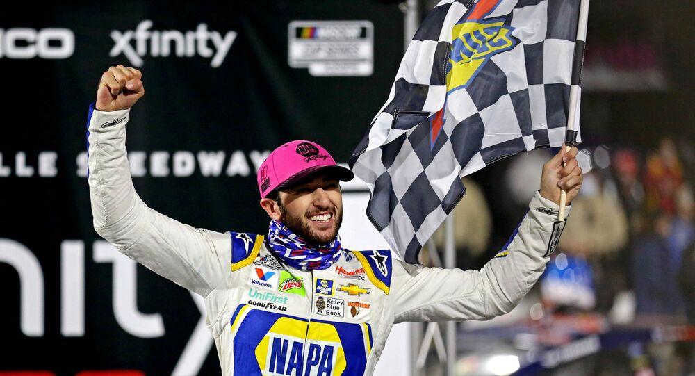 Johnson crosses finish line of NASCAR career with full heart