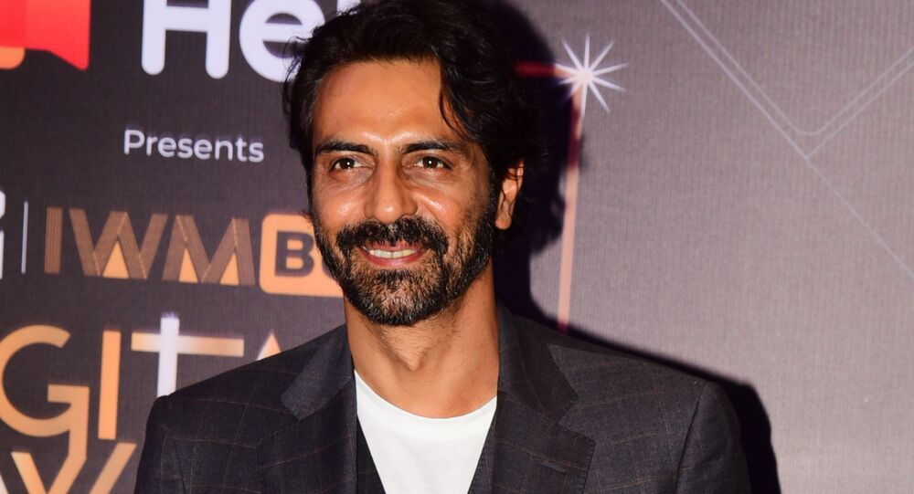 Bollywood actor Arjun Rampal attends the MTV IWM Buzz Digital Awards ceremony in Mumbai on November 12, 2019