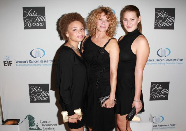 Actress Kate Capshaw (C), and daughters Mikaela George Spielberg (L) and Destry Allyn Spielberg (R) attend EIF Women?s Cancer Research Fund?s 16th Annual ?An Unforgettable Evening? presented by Saks Fifth Avenue at the Beverly Wilshire Four Seasons Hotel on May 2, 2013 in Beverly Hills, California