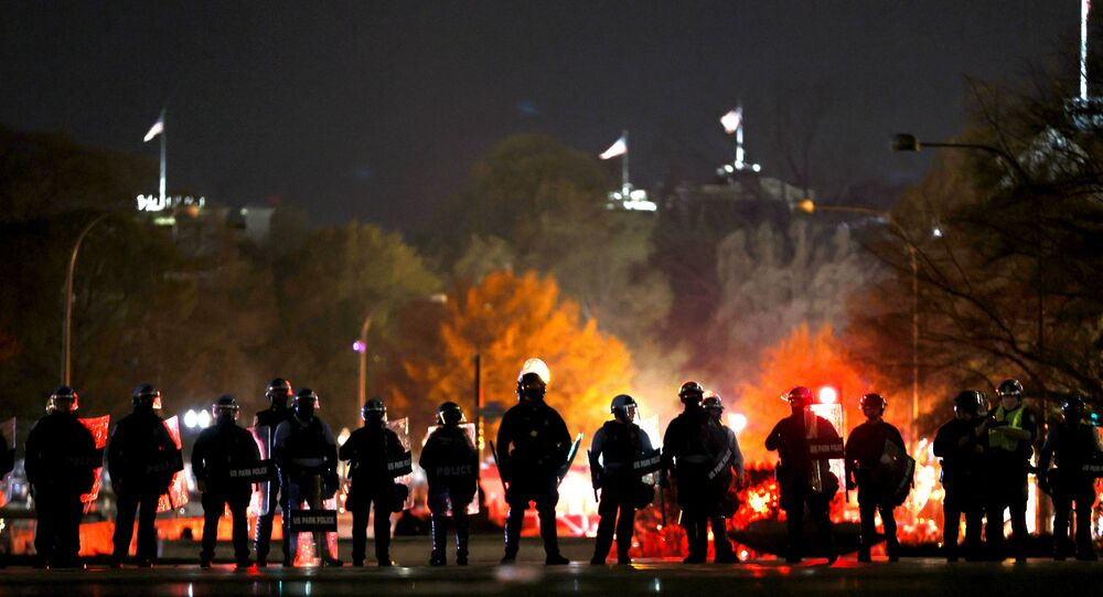 Trump supporters clash with rivals during Washington protests